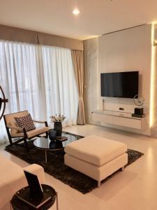 For RentCondoSukhumvit, Asoke, Thonglor : Condo for rentRhythm Sukhumvit 42 Type 2 bedroom 2 bathroom Size 77.93 sq.m. Floor :19