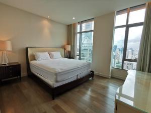 For RentCondoWitthayu,Ploenchit  ,Langsuan : Condo for rent Oriental Residence 28th floor AOL-F68-2106004089