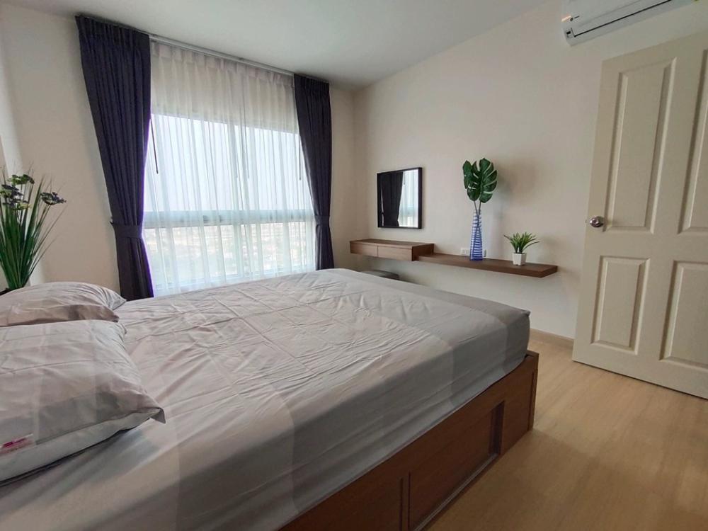 For RentCondoRama9, RCA, Petchaburi : Condo for rent, Supalai Veranda, Rama 9, large room, 37.50 sq.m., 27th floor, beautiful view.