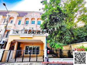 For RentTownhouseSathorn, Narathiwat : Townhome for rent, Urban Sathorn, URBAN SATHORN, near bts Bang Wa, Sathorn, Ratchaphruek