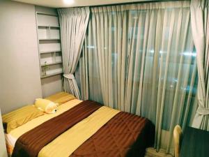 For RentCondoRatchadapisek, Huaikwang, Suttisan : Cheapest++ Brown Huai Khwang, beautiful room, 7500 baht/month, one room..don't wait!!