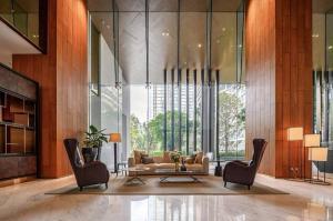 ขายคอนโดวิทยุ ชิดลม หลังสวน : P17CR2106015 The Residences at Sindhorn Kempinski Hotel Bangkok 2 bed