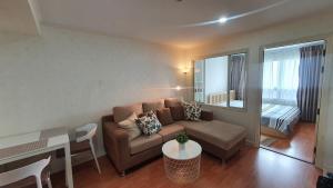 For RentCondoRatchadapisek, Huaikwang, Suttisan : For rent, Lumpini Ville, Cultural Center, Building C, 7th floor, 35 sq.m.
