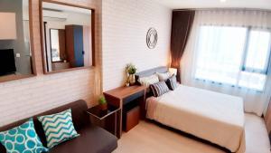 For RentCondoRama9, RCA, Petchaburi : Beautiful, cheap!!️ For rent Life Asoke, next to MRT Phetchaburi