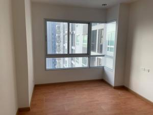 For SaleCondoThaphra, Wutthakat : Selling The president Sathorn Ratchapruek, next to Bang Wa BTS station. Empty room, not wall to other rooms, north view