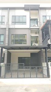 For RentHouseRangsit, Patumtani : 3-storey townhome for rent. Casa City Ring Road, Lam Luk Ka, Khlong 5.