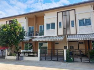 For SaleTownhouseRathburana, Suksawat : 2 storey townhome for sale, Pleno Suksawat 30, new condition, 100% renovated, built-in kitchen