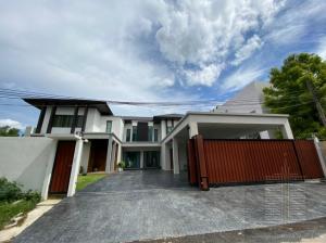 เช่าบ้านพัฒนาการ ศรีนครินทร์ : ด่วน ! บ้านเดี่ยวหลังใหญ่ 2 ชั้น ใกล้ทองหล่อและพระราม 9 ซ.พัฒนาการ 58  #มีสระว่ายน้ำในตัว พื้นที่เยอะพร้อมเข้าอยู่