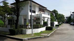 For RentHouseRama9, RCA, Petchaburi : 2 storey detached house for rent, Nirvana Village Beyond Light Rama 9 near MRT Ban Thap Chang
