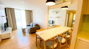 For RentCondoSukhumvit, Asoke, Thonglor : Liv@49 ✨ 2 Beds, beautiful room with Jacuzzi (Onsen) in the condo 😀