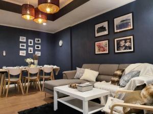 For RentHouseOnnut, Udomsuk : ให้เช่า ทาวน์โฮม 3 ชั้น สุขุมวิท44/2 4 ห้องนอน 4 ห้องน้ำ ขนาด 250 ตรม. 25 ตรว**BTS พระโขนง **