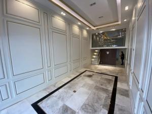For SaleShophouseSukhumvit, Asoke, Thonglor : Shophouse Ekkamai 16sqwah 280sqm. 5.5storey Sell/Rent 38,550,000/1550,000 Am: 0656199918