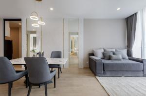 เช่าคอนโดสุขุมวิท อโศก ทองหล่อ : *For Rent* เพียง 50,000 บาทเท่านั้น สำหรับห้องมุม 2 ห้องนอน Fully Furnished และแต่งสวยที่ Noble Recole