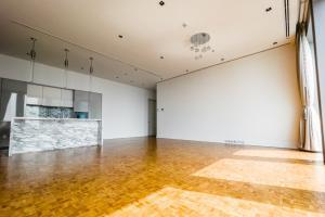 For RentCondoSathorn, Narathiwat : The Ritz Carlton Residences for Rent