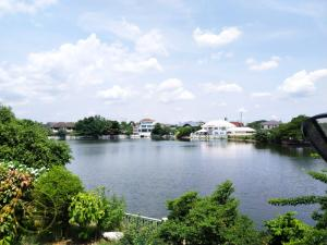 For SaleHouseRangsit, Patumtani : For SALE, Beautiful House Ready to Move, Wide Area, Lake View, Pathum Thani