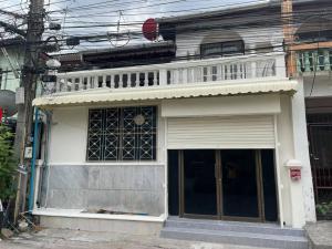 For RentTownhouseRatchadapisek, Huaikwang, Suttisan : LBH0167 Townhome for rent, 2 Storey Soi 20 Mithuna Huai Khwang