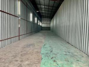 For RentWarehousePattanakan, Srinakarin : BST118 Warehouse for rent, size 200 sq m. Soi Krungthep Kreetha 21 near the eastern motorway