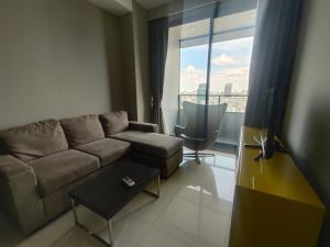 For RentCondoSilom, Saladaeng, Bangrak : M Silom Hot Unit for rent !