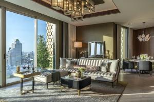 For SaleCondoWongwianyai, Charoennakor : The Residences At Mandarin Oriental, Bangkok, Ultimate Luxury condo on the Chao Phraya River, 2 bedrooms, 150.17 sq.m., price 65 million.