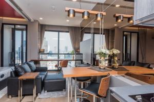 ขายคอนโดสยาม จุฬา สามย่าน : ขาย Ashton Chula Silom ขนาด 1 ห้องนอน ราคา 7.5 ล้านบาท พร้อมชุดเฟอร์ ติดต่อ 0869017364