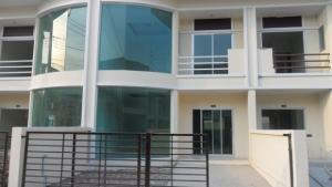 For RentTownhouseLadkrabang, Suwannaphum Airport : New luxury townhome for rent on Chalong Krung main road. Near Lat Krabang Industrial Estate, Ladkrabang Chao Khun Military Technology and Suvarnabhumi Airport