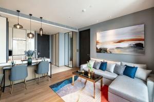 "For SaleCondoSukhumvit, Asoke, Thonglor : Hot deal! Sell/Rent Beatniq Sukhumvit32  Rental 62K & For Sales 19MB With Thailand's Best interior designer ""Best Luxury Home Staging"", facing to Northside, Nice City view"
