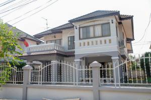 เช่าบ้านเชียงใหม่ : บ้านให้เช่า 2 ชั้นในโครงการ ใกล้สนามบิน ต. แม่เหียะ เมืองเชียงใหม่ (EN avail.)