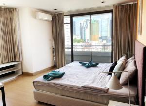 For RentCondoNana, North Nana,Sukhumvit13, Soi Nana : For Rent 2 bedroom 1 living room fully furnished near BTS Nana