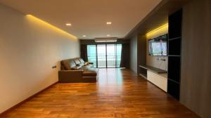 For SaleCondoCha-am Phetchaburi : Condo for sale, Krisada Nakorn Cha-am Condotel Cliff and Beach, 5th floor, sea and mountain views, size 159 sq.m., 3 bedrooms, 2 bathrooms.