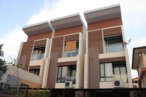 For RentTownhouseAri,Anusaowaree : 3-storey townhome for rent, Soi Aree Samphan 7, suitable for office use, near BTS Ari