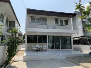 เช่าบ้านอ่อนนุช อุดมสุข : ให้เช่าบ้านเดี่ยว 2 ชั้น หมู่บ้านเมืองทอง 4 มีพื้นที่รอบบ้าน ซอยสุขุมวิท 101 ใกล้ BTS อุดมสุข Centeal Bangna (HH2-HN721)