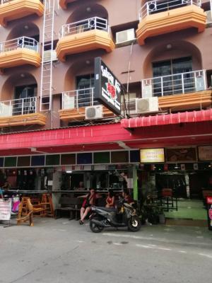 For SaleShophousePattaya, Bangsaen, Chonburi : 🔥ต้องการขายด่วน SHOPHOUSE ซ. บัวขาว พัทยากลางราคาตํ่ากว่าตลาด🔥