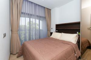 For RentCondoOnnut, Udomsuk : KAWA Haus Onnut T77 for Rent – BTS Onnut 1.6 Kilometers – Unit 35 Sq.m. 13783