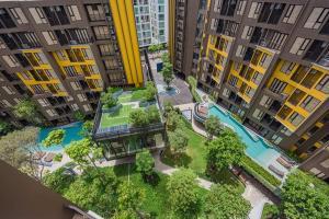 For RentCondoPhuket, Patong : 2 bedrooms The Base Central Phuket near Head Start Inter School for Rent