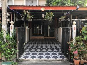 For SaleTownhouseRamkhamhaeng,Min Buri, Romklao : Cluster House Village ♦️# Soi Mistein # Reduce energy