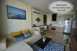 For RentCondoSathorn, Narathiwat : Rent - Rhythm Sathorn / 1 bedroom / 38 sq.m. / 20th floor, near BTS Saphan Taksin, rent 25,000
