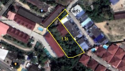 For SaleLandPattaya, Bangsaen, Chonburi : Land and house for sale, size 1 rai, Pattaya City, Chonburi.