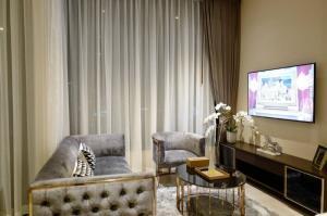 เช่าคอนโดสุขุมวิท อโศก ทองหล่อ : ESSE ASOK For rent 2 bedrooms on higth floor