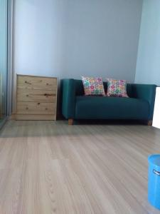 For RentCondoChengwatana, Muangthong : 6500.-/month for rent...Plum Condo Chaengwattana, fully furnished + electrical appliances with free parking, nice central area