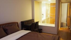 For RentCondoWitthayu,Ploenchit  ,Langsuan : Condo for rent, The Nest Ploenchit, 3rd floor, spacious room, fully furnished, near BTS Ploenchit