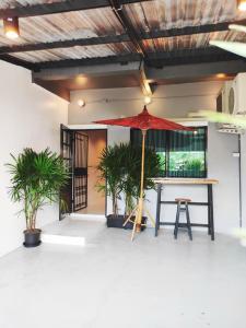 For RentTownhouseVipawadee, Don Mueang, Lak Si : Urgent rent!! 2 storey townhouse, Rachama Village, Soi Songprapha