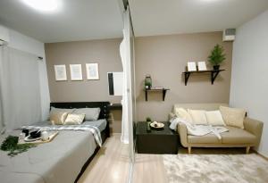 For RentCondoLadprao101, The Mall Bang Kapi : Condo for rent, Plum Condo Ladprao 101, beautiful room, has a washing machine.