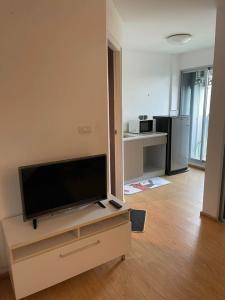 For RentCondoBangbuathong, Sainoi : W0154#D Condo Rattanathibet for rent, 3rd floor, Building D, next to MRT Sai Ma, size 29 sq.m., 1 bedroom, 1 bathroom, rent 5,000 baht per month