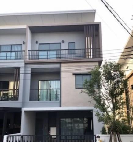 For SaleTownhouseBangbuathong, Sainoi : 3-storey twin house for sale, Thana Cluster Westgate Bangyai project.