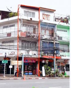 For RentShophousePha Nakorn, Yaowarat : BH1053 for rent-sell commercial building. 4 storeys along Samsen Road (in front of Soi Samsen 8, Wat Mai Amrom)