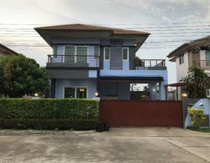 For RentHouseLadkrabang, Suwannaphum Airport : For Rent 2 storey detached house for rent, Burasiri Village, Ring Road, On Nut, Kanchanaphisek, beautiful house, newly decorated, 4 air conditioners, fully furnished. live only
