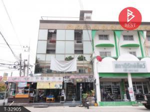 For SaleShophouseRangsit, Patumtani : 3-storey commercial building for sale, Fa Khram Community, Khlong 2, Pathum Thani.