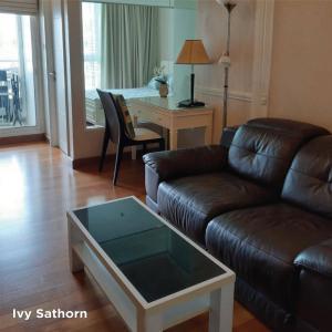 เช่าคอนโดสาทร นราธิวาส : พร้อมเช่า ห้องสวย ชั้นสูง วิวตึกมหานคร ราคาดีมาก @ Ivy sathorn 1 bed Ready to move  17K/Month