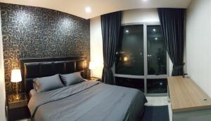 For RentCondoRama3 (Riverside),Satupadit : StarView Rent!!! 30,000 baht only, room size 78 sq m, 2 bedrooms, 2 bathrooms, very beautiful room, ready to drag your luggage in. You can make an appointment to see.