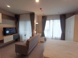 For RentCondoRama9, RCA, Petchaburi : For rent Life Asoke Rama9, price 13,000 baht, new room, complete, contact 0869017364